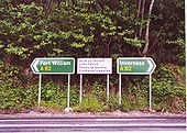 A82 - signs at Castle Urquhart - Coppermine - 3058.jpg