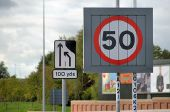 Variable speed-limit sign, Belfast - Geograph - 2081010.jpg
