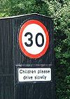 Slow Children - Coppermine - 6382.jpg