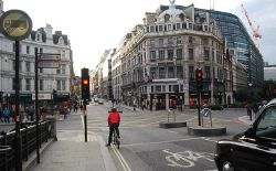 End of Ludgate Hill, beginning of Fleet St - Geograph - 3776887.jpg