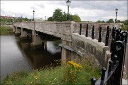 The King's Bridge, Belfast - Geograph - 503711.jpg