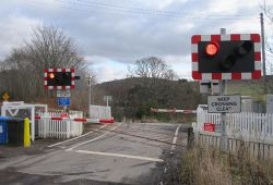 Achterneed Level Crossing 2014.jpg
