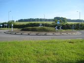 Amersham- A413 Shardeloes roundabout - Geograph - 1895652.jpg