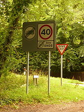 Speed limit changes from 40 to 40 - Coppermine - 22892.jpg