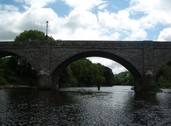 Boughrood- the bridge over the Wye - Geograph - 1365721.jpg