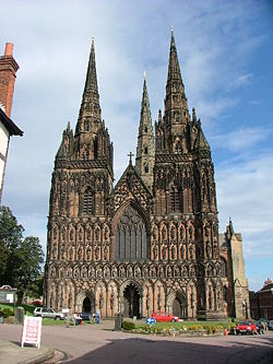 Lichfield Cathedral - Geograph - 101110.jpg