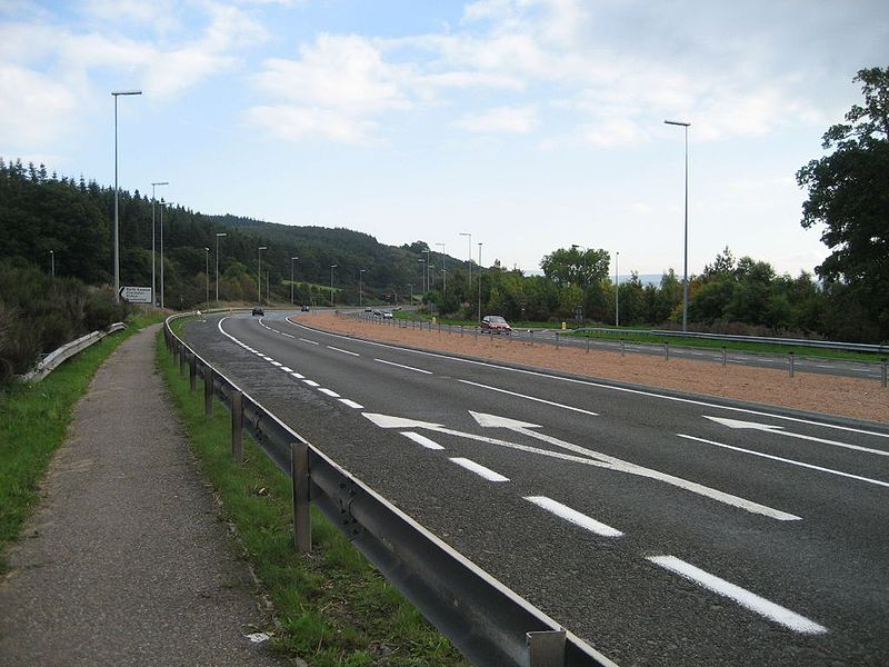 File:A9 North Kessock Junction - Coppermine - 8543.jpg