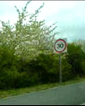 Dodgy temp 30 sign in A612 roadworks - Coppermine - 5757.jpg